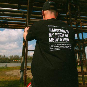 Gabba Clique T-shirt meditation wit   zwart